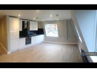 1 bedroom flat in High Street, Rickmansworth, WD3 (1 bed)