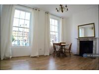 3 bedroom flat in Copenhagen Street, London, N1 (3 bed)