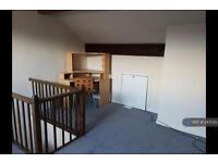 3 bedroom house in Fell Lane, Keighley, BD22 (3 bed)