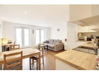 **1 BED ON BARNET HIGH STREET - MANHATTAN-STYLE - MODERN FINISH - MARCH MOVE DATE**