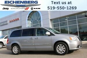 2014 Chrysler Town & Country Touring *DUAL DVD PLAYERS*