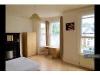 1 bedroom in Catford, London, SE6