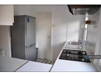 2 bedroom flat in Kirkstall Road, London, SW2 (2 bed)