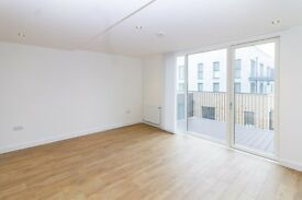 AMAZING 2 BED APARTMENT IN BOW RIVER VILLAGE E3 - MOVE IN NOW ONLY £350.00PW