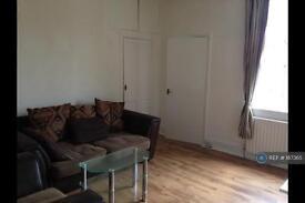 3 bedroom flat in Gateshead, Gateshead, NE8 (3 bed)