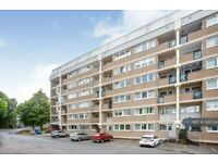 3 bedroom flat in Hillpark Drive, Glasgow, G43 (3 bed) (#1220734)