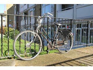 Vintage Gazelle Single-Speed Size-21 Dutch Ladies Bike in Perfect Order