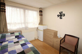 A well presented DOUBLE ROOM in a family home