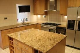 Luxury kitchen, granite worktops, range cooker, dishwasher and hood. Including island. VGC.