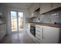 2 bedroom house in Beverley Cottages, London, SW15