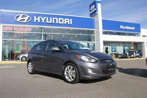 2013 Hyundai Accent GLS Sunroof/ Power Options/Bluetooth/heated