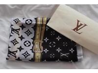 Louis Vuitton shawl scarf wprap 100% silk