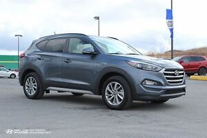 2017 Hyundai Tucson SE! LEATHER! AWD! BACK UP CAM!