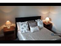 2 bedroom flat in Huntly Street, Aberdeen, AB10 (2 bed)