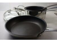 Set of 4 pots and pans