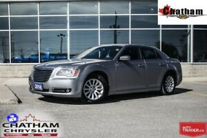 2014 Chrysler 300 Touring/ UCONNECT W/ BLUETOOTH/$59 WKLY