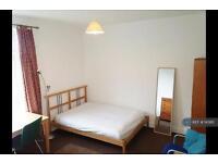 1 bedroom in Wetherby Grove, Leeds, LS4