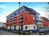 2 bedroom flat in Garricks House, Kingston Upon Thames, KT1 (2 bed) (#1129985)
