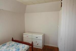 Room for rent in large Character Home @ 176 Christina St S Sarnia Sarnia Area image 6