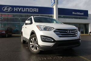 2016 Hyundai Santa Fe Sport 2.4/IPOD/Bluetooth/AWD/Heated Seats+