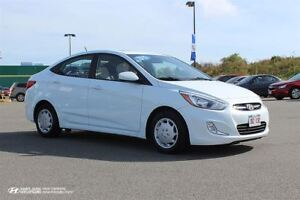 2015 Hyundai Accent SE! Sunroof! Warranty! $95 BI-WEEKLY!