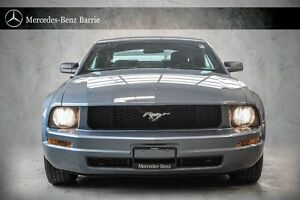 2005 Ford Mustang *** FULLY LOADED ***
