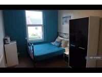 1 bedroom in Gldadys Avenue, Portsmouth, PO2