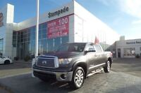 2013 Toyota Tundra 5.7L V8 Platinum w/Navigation and bluetooth-T