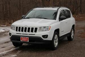 2011 Jeep Compass Sport/North | 4x4 | Sunroof | CERTIFIED + E...