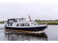 Superb quality Dutch Steel Cruiser liveaboard Canalboat in London