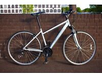 "CARRERA Crossfire1 Hybrid bike, light&fast, 18"" Frame, responsive gears, grip shifters, alloy frame."