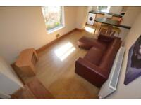 4 bedroom house in Blackweir Terrace, Cathays, Cardiff