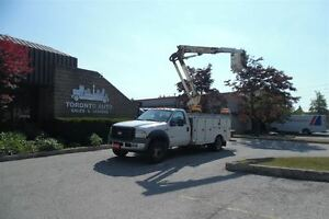 2006 Ford F-550 Insulated bucket truck,11ft service body,Automat