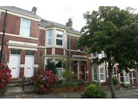 4 bedroom flat in Amble Grove, Sandyford, Newcastle Upon Tyne, NE2