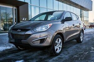 2013 Hyundai Tucson VERY RARE 6SPD MANUAL / 1-OWNER / CLEAN CLEA