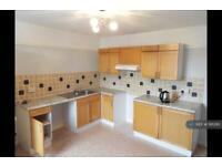 3 bedroom flat in Sandpipers, Teignmouth, TQ14 (3 bed)
