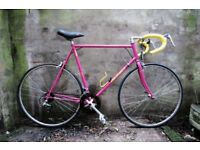 PEUGEOT COURSE. 24 inch, 61 cm. Vintage racer racing road bike, 12 speed