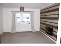 Brechin. Large 2 bed flat, great condition & location, elec heating, double glazed £395pcm
