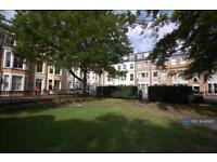 1 bedroom flat in Alma Square, Scarborough, YO11 (1 bed)