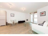 +Stylish & spacious 2 bed 2 bath flat in Enderby Wharf, SE10 - Private balcony & communal gardens