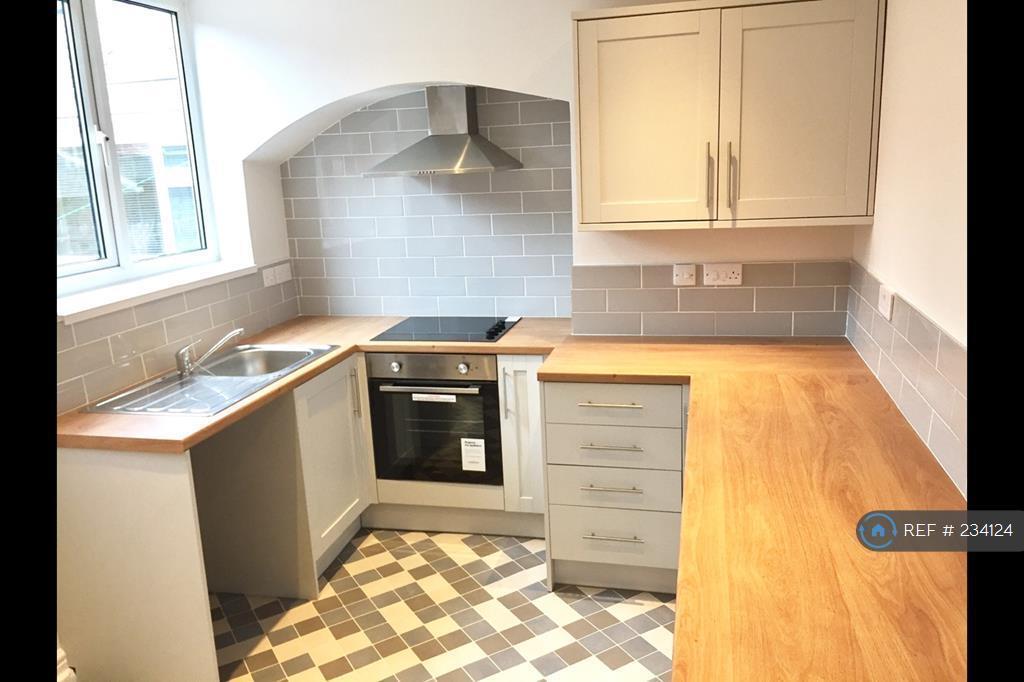 2 bedroom house in Brougham Street, Darlington, DL3 (2 bed)