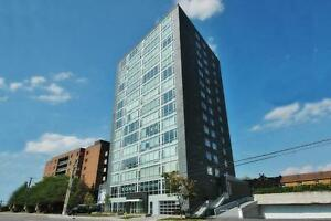 SOHO PARKDALE 2BED/2BATH CONDO! PRIVATE TERRACE! PARKING INCL.!!