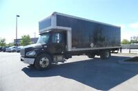 2008 Freightliner Business Class M2 Air ride,26ft,liftgate,mover