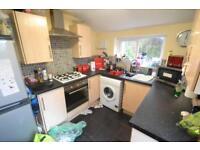 6 bedroom house in Glenroy Street, Roath, Cardiff