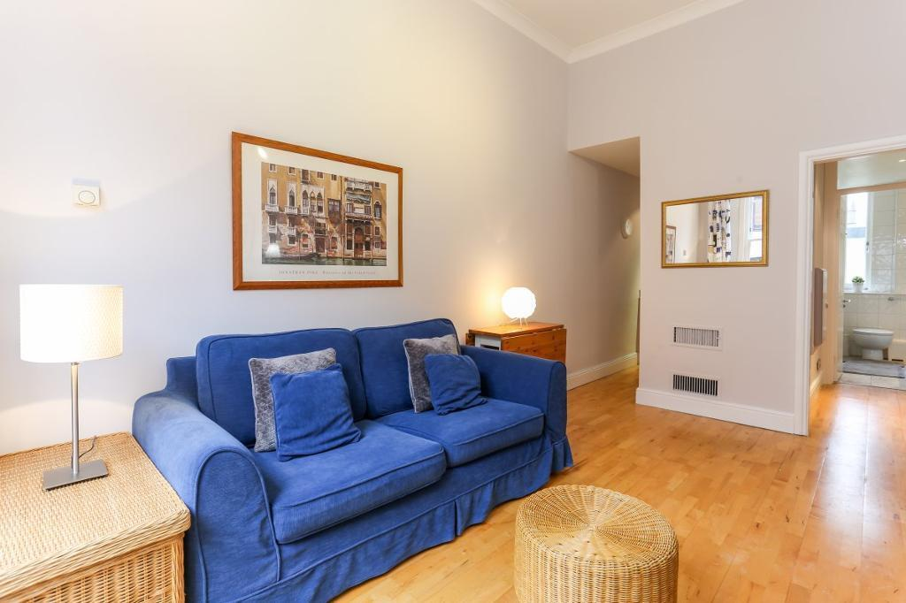 1 bedroom flat in Hereford Road, Notting Hill