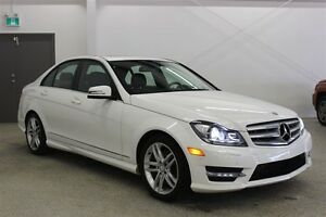 2013 Mercedes-Benz C-Class 300 4MATIC Navi, Leather, Sunroof, AW