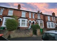students or graduate 4,bedroom house full furnished city centre close to trent uni rent £50 pew