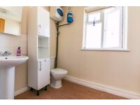 ***LOVELY, SPACIOUS ONE BEDROOM APARTMENT AVAILABLE FOR YOU NOW!!!***