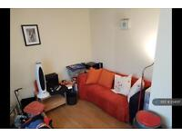 1 bedroom flat in Meanwood Road, Leeds, LS6 (1 bed)