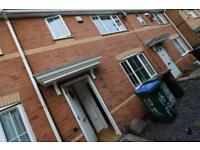 3 bedroom house in Room 2, Gillquart Way, Coventry